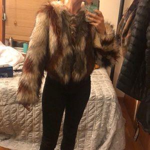Faux fur cropped Cynthia Vincent coat sz S